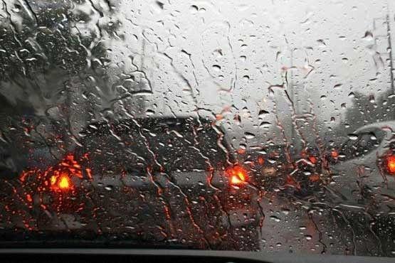 بارشها همچنان مهمان استان اصفهان