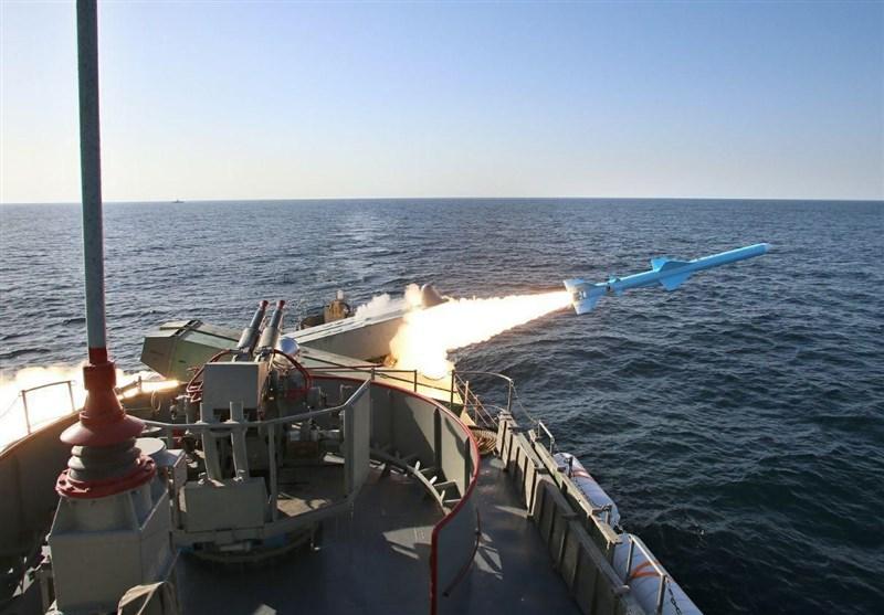 موشک کروز قدیر؛ «دستبزنِ ۳۰۰ کیلومتری» نیروی دریایی ارتش در دریاها + عکس