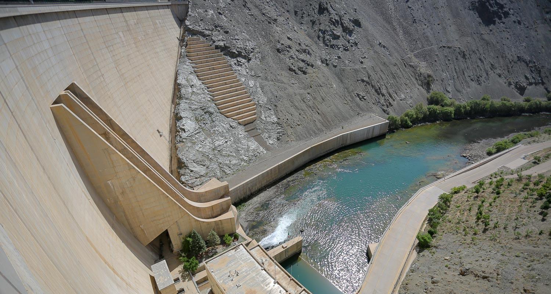 افت فشار آب ناشی از برداشت بالادست است