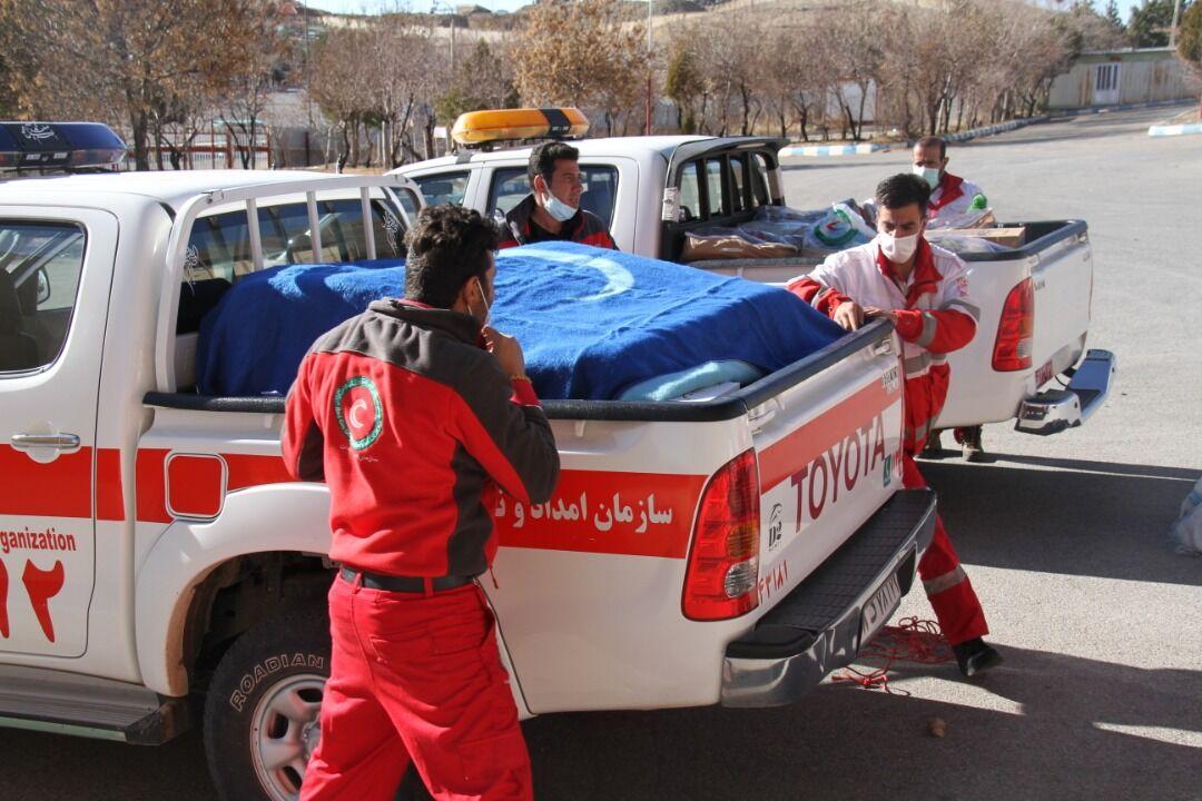 تیم امدادی شهرستان مبارکه به مناطق زلزلهزده سیسخت اعزام شد