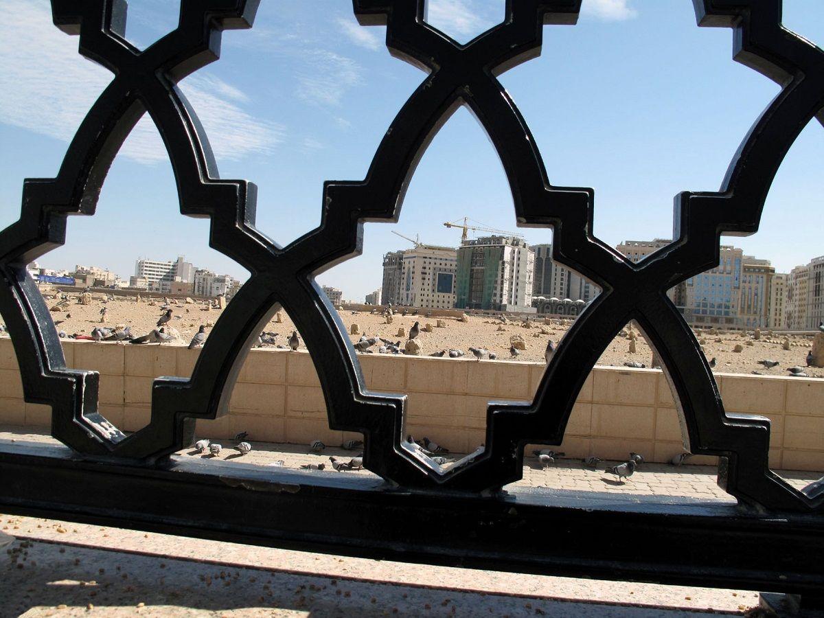 علت اصلی عدم دفن پیکر امام حسن در کنار پیامبر اکرم (ص) + اسناد دقیق