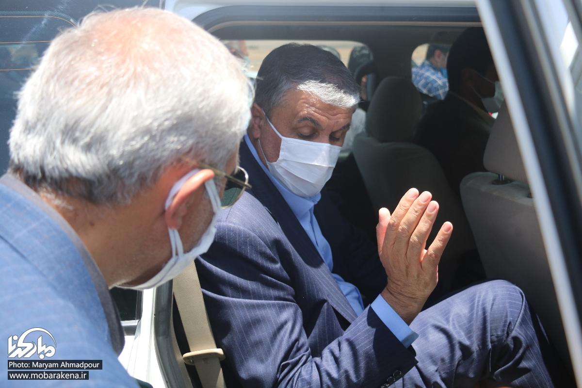 بیاحترامی به خبرنگاران این بار توسط محافظان وزیر راه/ برخورد فیزیکی اطرافیان وزیر با مدیر روابط عمومی دانشگاه صنعتی اصفهان